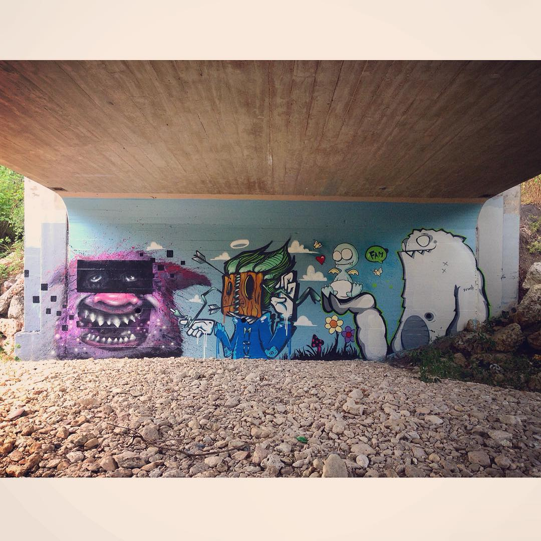 Under the bridge that day.... • • @lucasaokiart @watchyourmouf @akbernal @mikejohnstonartist • • #atx #austintx #texas #tx #spratx #truth #lucasaoki #mouf #streetart #mural #artinpublicplaces