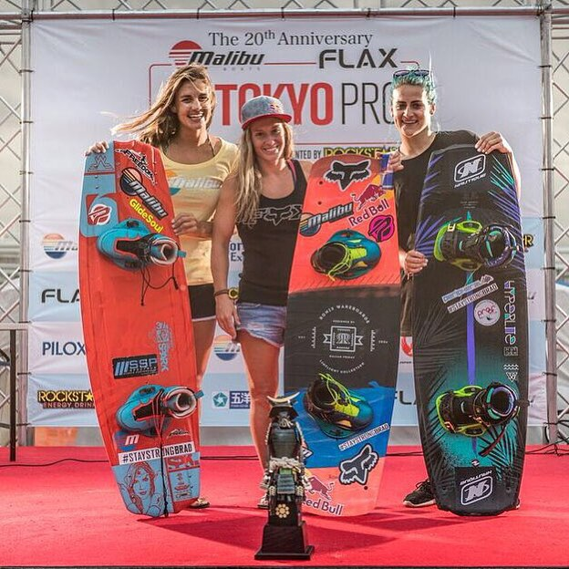The women of the hour @dallasfriday, also taking the win at the @malibuboats #tokyopro. #ronixlove #ronix2015 #thelimelight #womenofronix #fortifiedwithlakevibes