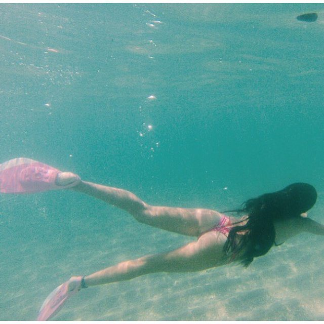 #miolagirls are pretty in pink… fins and bikinis, that is! || @jazzywazzy898 in our Thong tha Thong || #getoutthere #mermaidmonday