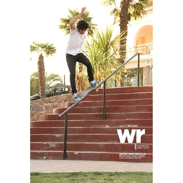 @dariomattarollo Smith Grind en Carlos Paz.  foto de Facundo Stricker para @wallridemag