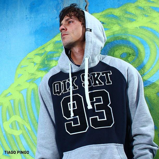 Viva o skate na essência com o moletom #QIX. Conforto e estilo na sessão. www.qixskateshop.com.br