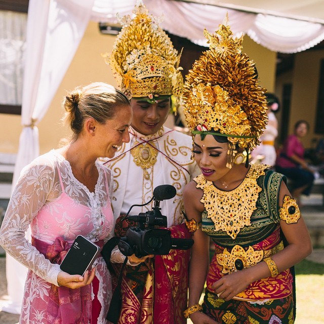 Growing up in a village in Bali is pretty amazing, but what is even more heart warming is now getting to attend the gorgeous weddings of the villagers I grew up with AND film for them!