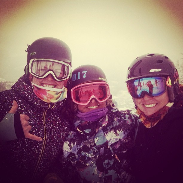 The snowboard ladies prepping for a run down Headwall for the #SFS14! Love. #getsome #crestedbutte #fwq #ladyshred