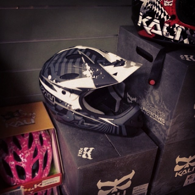 """Best part of the day is when I spot a helmet in a shop that I haven't seen since Interbike and realize just how freaking cool it looks in person!"" - Kali Sales Rep #kali #kalipro #kaliprotectives #kalihelmets #kaligear #dh #ussavara #psycko..."