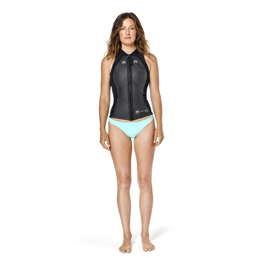 @surfkat in the 2mm Front Zip Briza Vest and Diana Surf Bikini from Matuse's Alpha Project No. 1: The Elite Basics: A premium and amphibious performance apparel collection for Men and Women. Like our #geoprene wetsuits, Matuse apparel is built using...