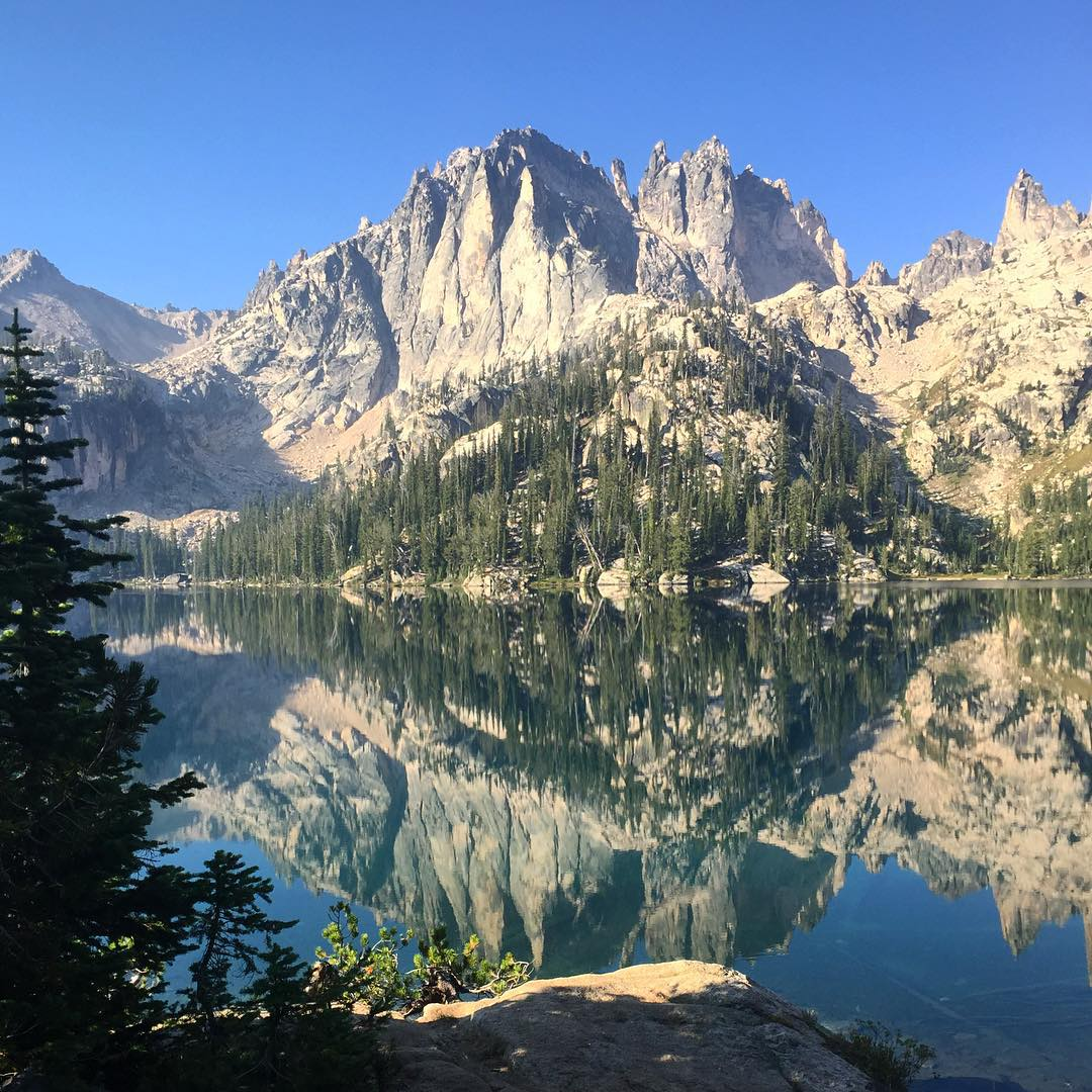 Good morning from Baron Lake, Sawtooth National Forest photo by @herculeshughes #NatureOfProof