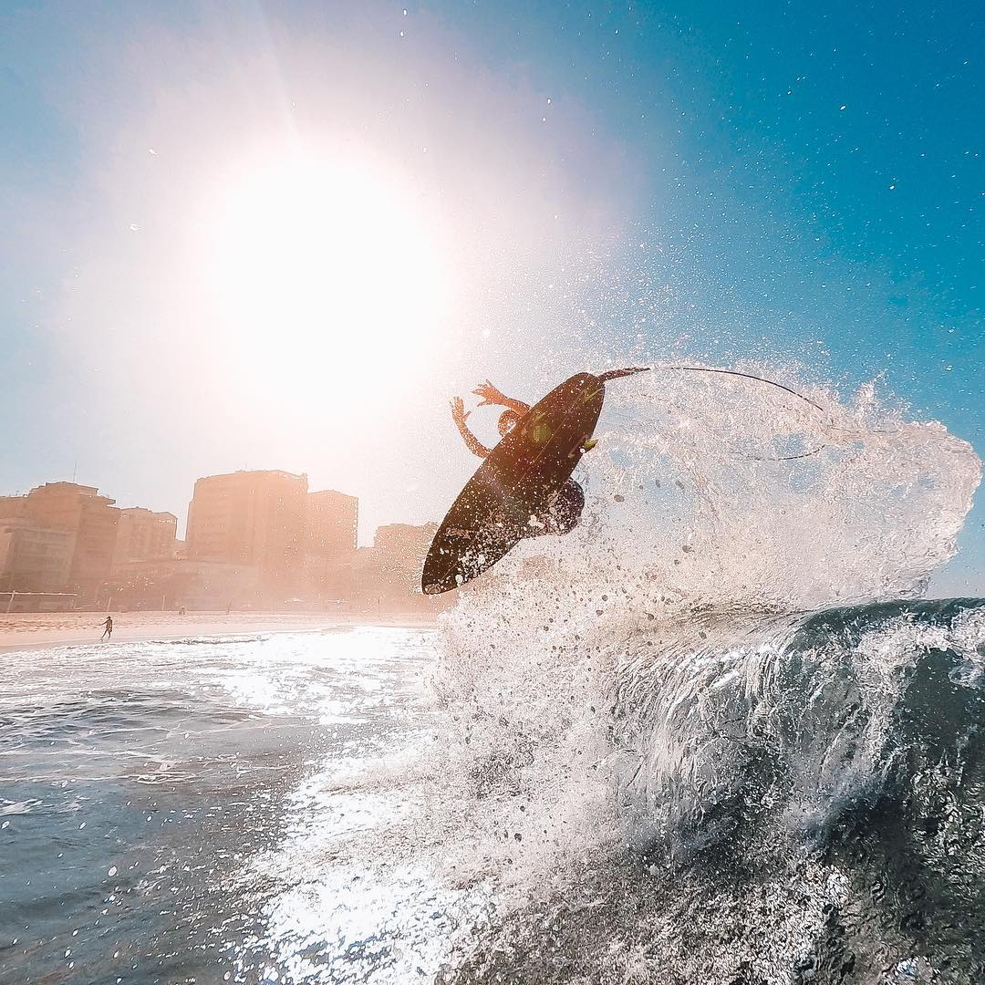 Photo of the Day! @baselanho perfectly timed this shot of pro surfer @tiaguinhoarraes catching some major air in Rio de Janeiro. Share your best surf sessions with us by clicking the link in our profile. #GoPro #Surf
