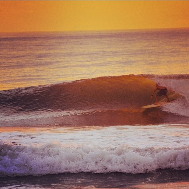 #Sunset sess in #CostaRica with @nicjacobson . Mellow Yellow evening. Doesn't get much better. #SantaTeresa #surfing
