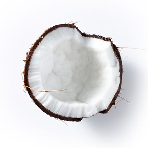 """Curious about oil pulling for wellness? B4BC ambassador, pro snowboarder and breast cancer survivor Megan Pischke (@megsporcheron ) shares her experience experimenting with adding oil pulling to her wellness routine, and how this the """"controversial..."""