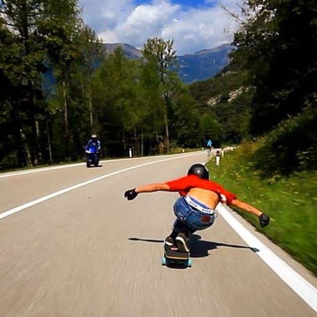 Let the weekend runs begin! (Rain or shine). Here's team rider @patrick_lombardi mobbing on the Keystone! #longboard #longboarding #longboarder #dblongboards #goskate #skateboard #skateeveryday #dbkeystone