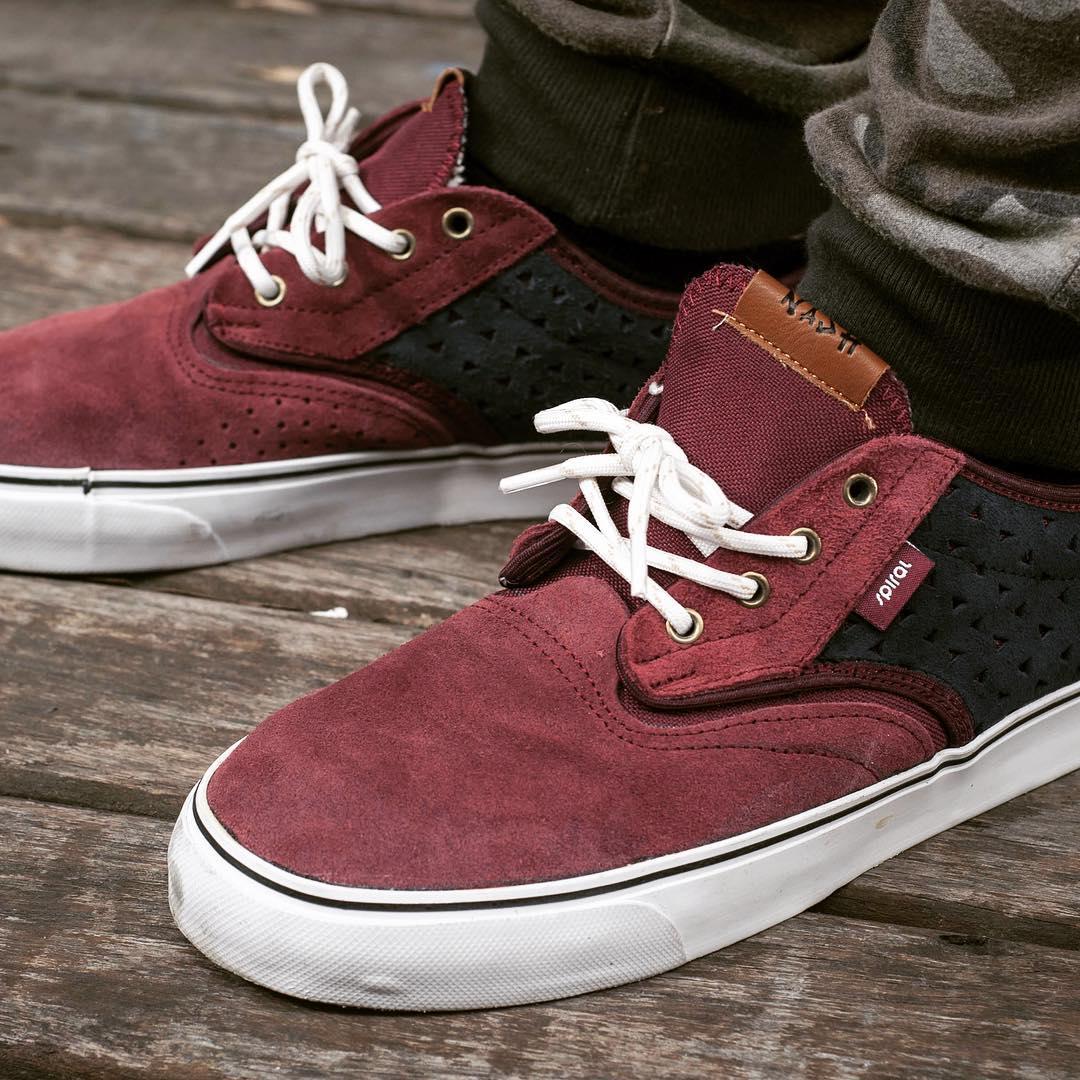 #spiralshoes #Classic #classicnash #spiralskateboarding #goskate #urbanshoes  Spiral Shoes