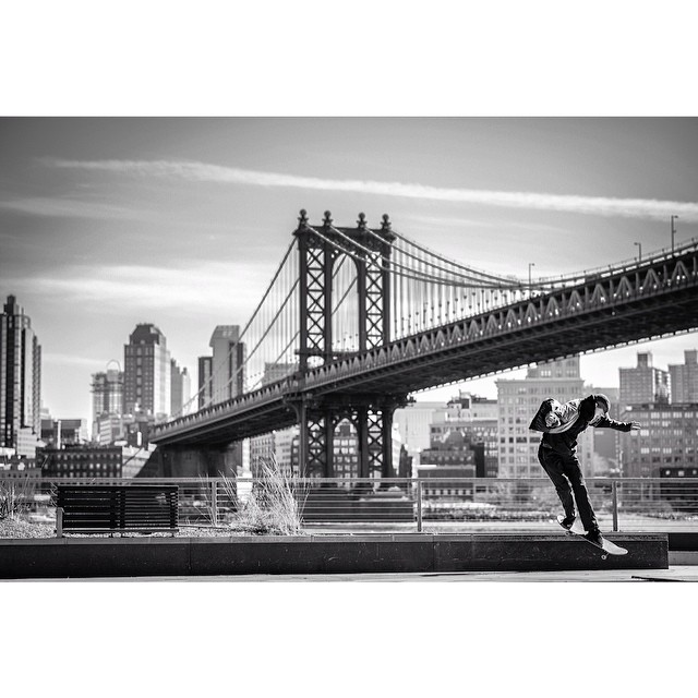 Last day of hell for our intern @rickyapontephoto who shot this banger backsmith of @dakotahunt_ in NYC. Check his work out if you haven't already and remember the name. Best of luck brotha! #steezmagazine #backsmith #skateboarding #eastcoast #nyc...