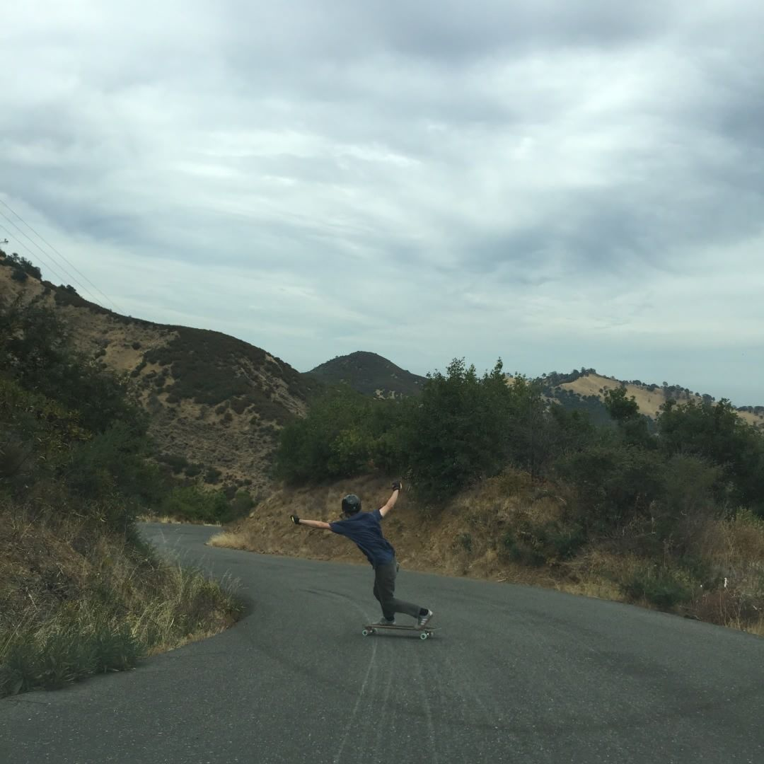 @michal_chilar holds out a long toeside while sessioning with the boys in NorCal. photo @liam_lbdr_ #caliberprecisions