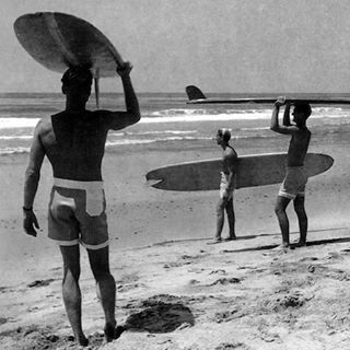 Bring on the surf vibes and join us under the stars—tonight is an exclusive viewing of Endless Summer II at @zjboardinghouse in Santa Monica, CA! Wingnut Weaver (@thewingnut) will be there providing special commentary, along with Dana Brown, who made...