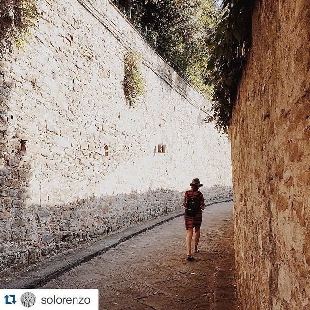 Concurso de fotos #MIMAMBO / mochila mini navajas negra #Repost @solorenzo with @repostapp. ・・・ Arrivederci bella Firenze