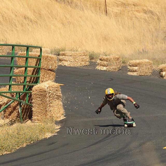 Team rider Adrian Da Kine--@adrian_da_kine slapping hay at Maryhill!  #adriandakine #mccatboard #bonzing #maryhill