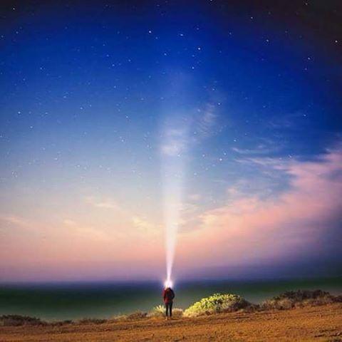 """""""Podés explorar toda tu vida y aún así no ver todo lo que hay en cada rincón del planeta."""" Cyrus Sutton #soul #freedom #travel #places #ReefWeekend #justpassingthrough #LifeIsShortGoSurfing"""