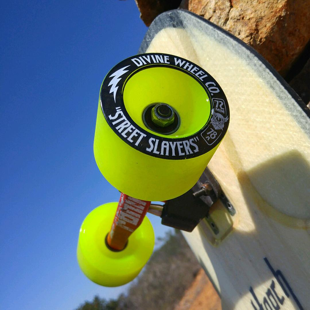 Slashin' Saturday! @kiefy_kronek got some #StreetSlayers setup on his board and is ready to roll. What's under your feet this weekend? #divinewheelco #divinewheels