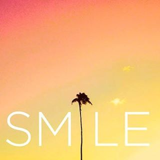SMILE // its Sunday // #luvsurf #weekendvibes #happyday #islandstateofmind