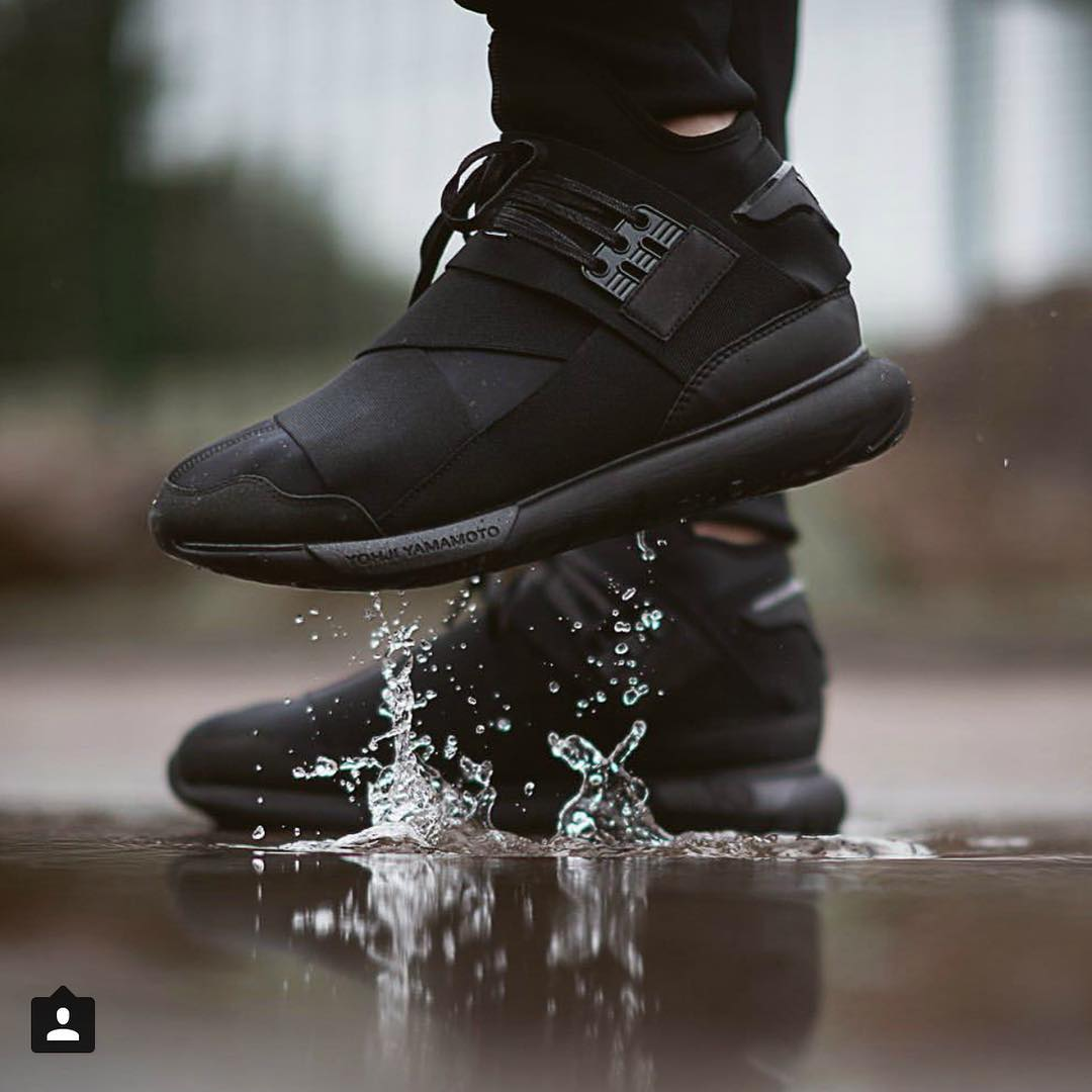 Black is the new black #adidas #sneakerheads @adidady3 #yamamoto