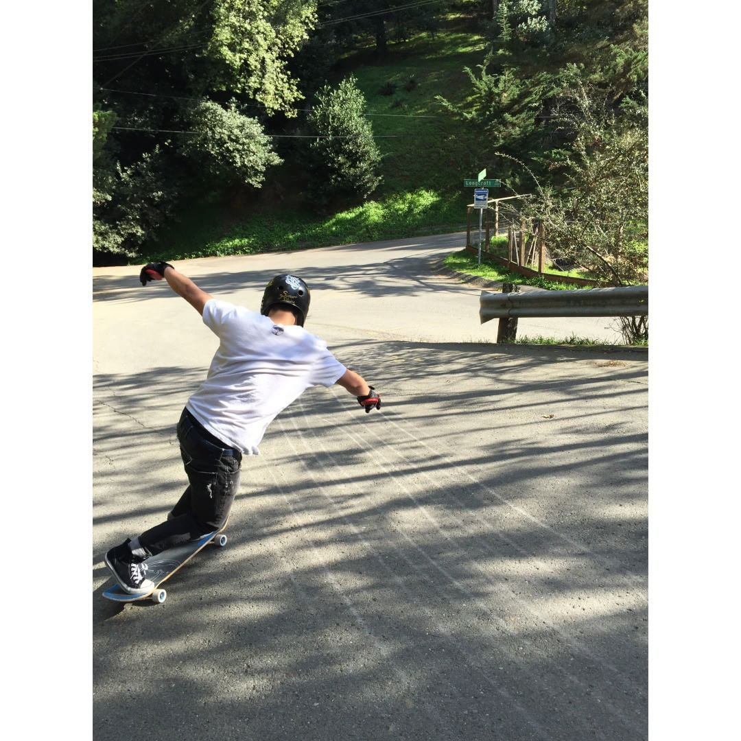 @tomio93 slides through the shadows in Berkeley California. photo @liam_lbdr_ #caliberstandards #calibertrucks