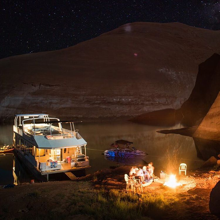 S'more session in our cove (aka base camp) after a long day of wakeboarding, cliff jumping, and canyon exploring. It's been an absolutely amazing week out here at #LakePowell. Do I really have to leave? Photo: @roncar #powellparadise  #MasterCraft2015