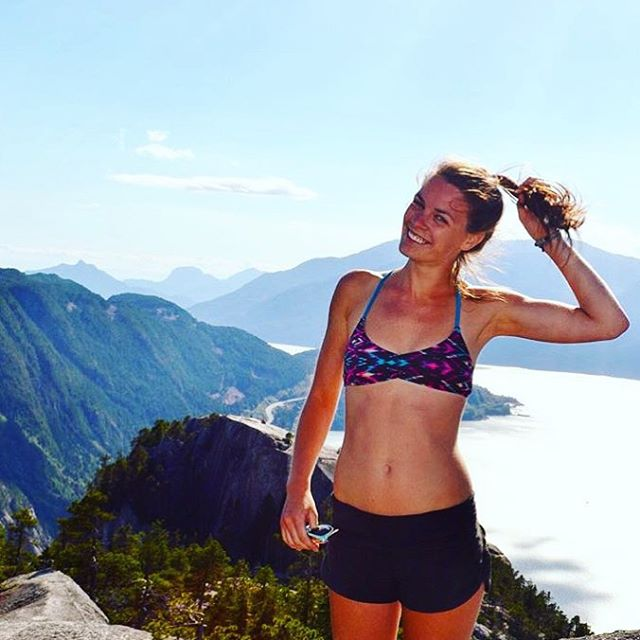 Where does your bikini take you? Sensi Ambassador @megs_coast enjoying the mountain air. #sensidawn #outdoorwomen #jointheadventure