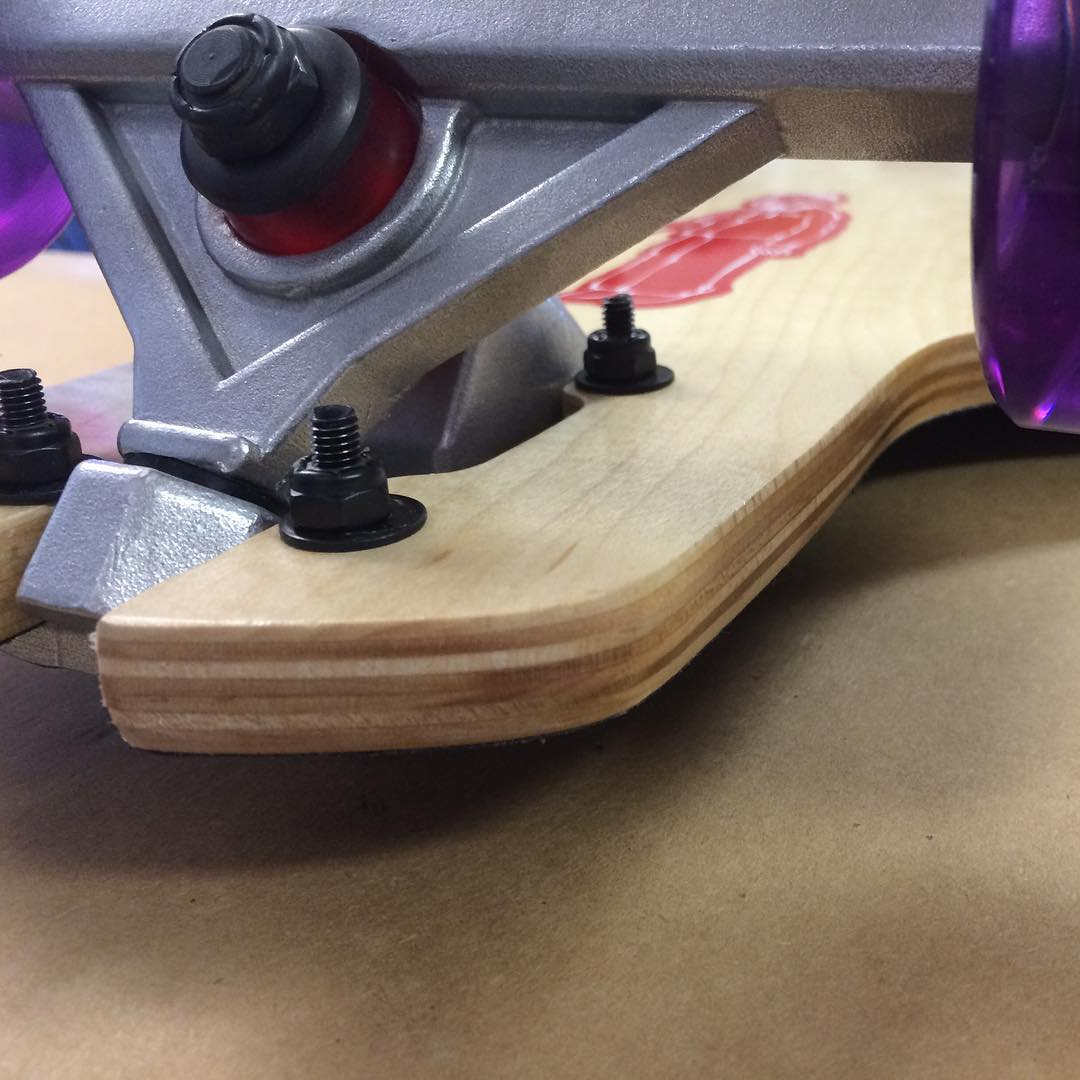 Looking at the same thing in a different way! #skateboarding #skatelife #longboarding #longboards #slide #maple #usa #madeinamerica #freeride #carve #cruise #funbox