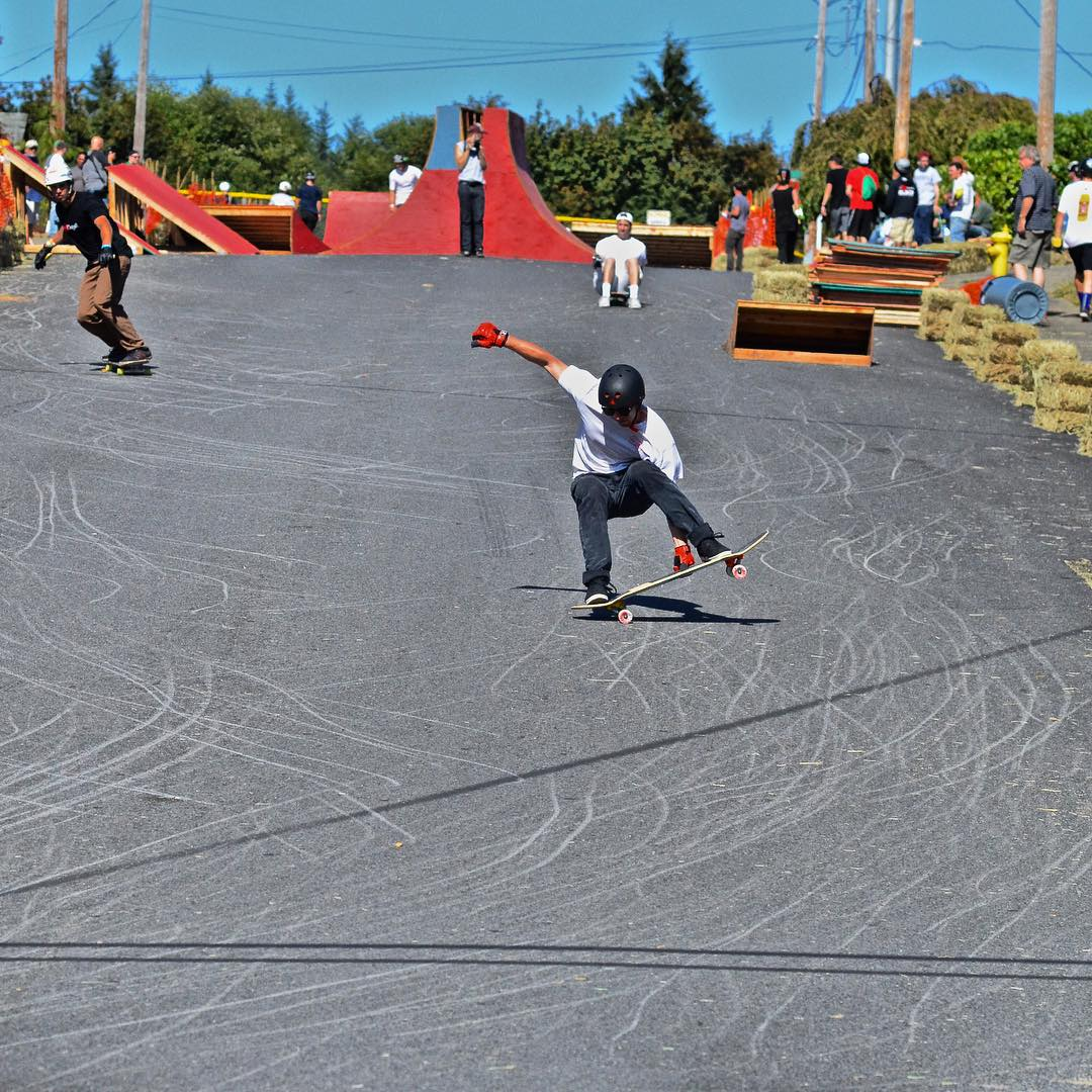 James West with a half cab blunt stalefish. Congrats on second at the Cathlamet slopestyle.