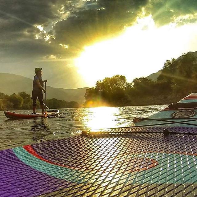 Hala Gear athlete @ashleyebean enjoying the sunset on her #haladaze