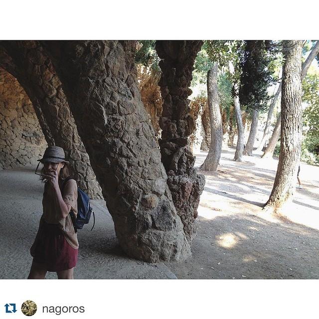 Concurso #mimambo / #Repost @nagoros with @repostapp. ・・・ #mimambo en el Park Güell, Barcelona @mambobackpacks