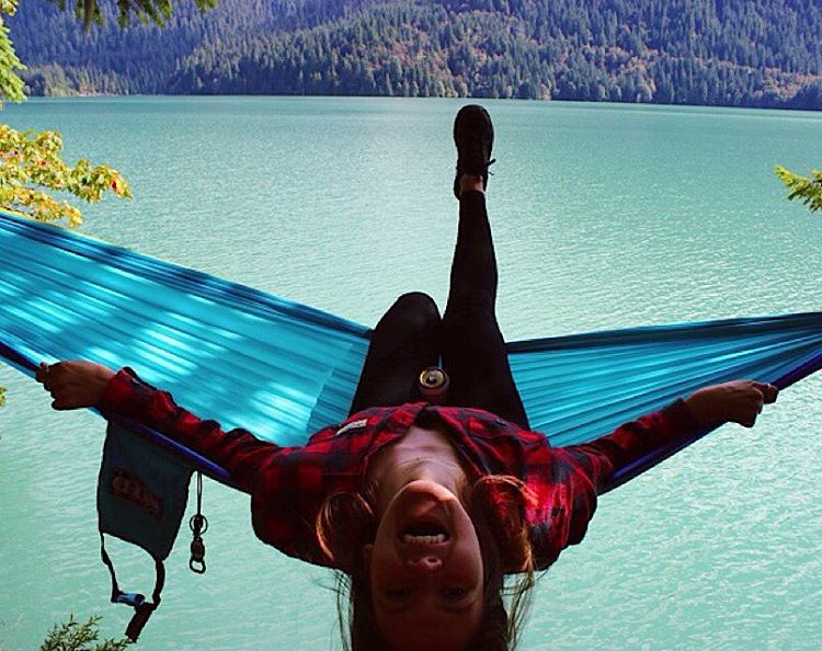 Check out the Disidual Lumber flannel at www.disidual.com !! // @desirae_tarris living the hammock life //