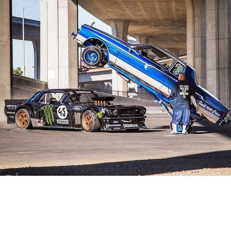 #TBT to last year, in what was by FAR the sketchiest trick in Gymkhana SEVEN: donuts around a hopping low-low. The timing for both me and Big John (the guy controlling the low-low) had to be absolutely perfect - otherwise my Ford Mustang Hoonicorn RTR...