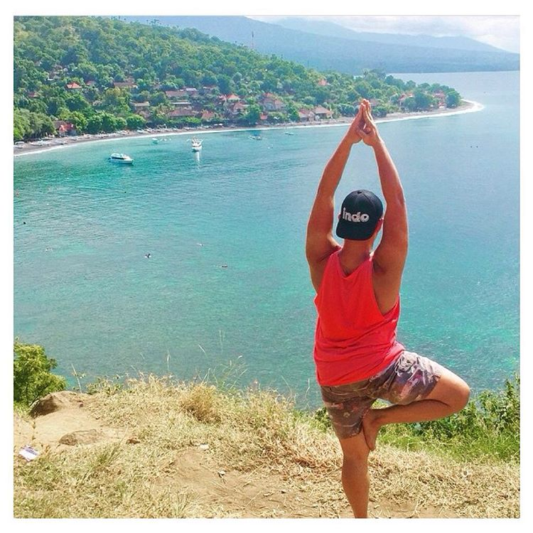 Sunshine. Tree pose. Aqua hues as far as the eye can see.