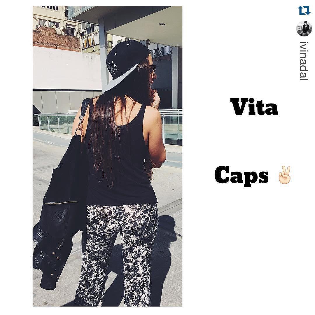 #Repost de @ivinadal hermosa con su #VitaCaps