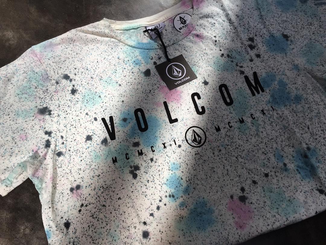 Nuevo en #Volcom llega la colección #SS16 Drops Logo Washed Tee #TrueToThis #Verano #Volcomtee #PremiumFit