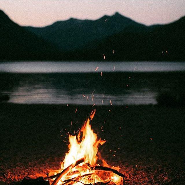 Decretado el fin de semana! ---------------- #numag #wherenaturerocks #borninargentina #diseñoargentino #innovacion #sustentables #handmade #gafasdemadera #viaje #madera #anteojosdemadera #workinghard