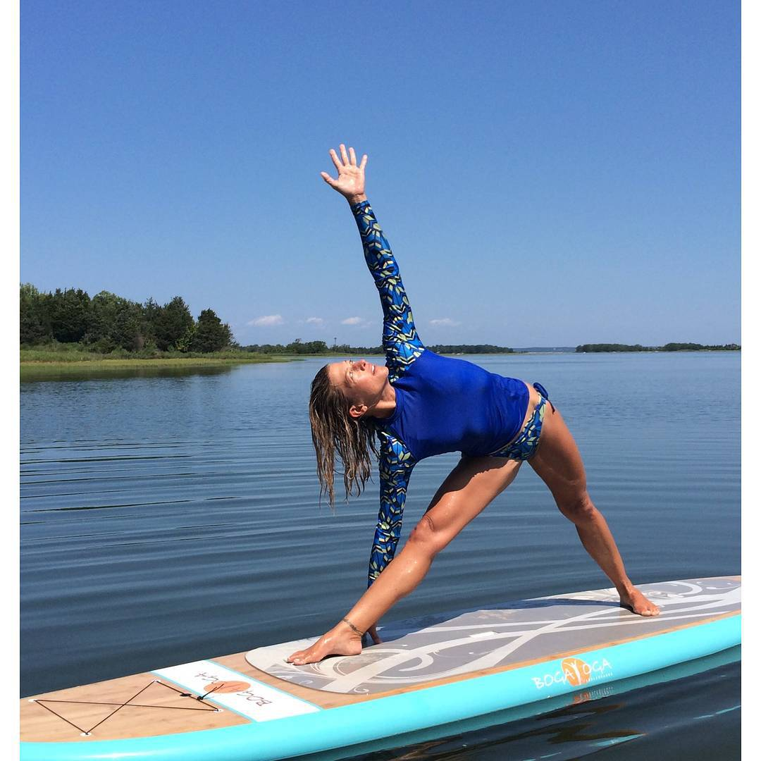 #miolagirls are just getting warmed up for the holiday weekend! || @jessicabellofatto in our Langosta Rashguard & Double String Bottoms || #getoutthere #dontgosummer #holidayweekend #supyoga