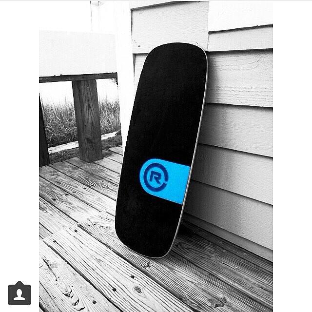 Weekend balance beach side  #revbalance #findyourbalance #ocean #beach #beachlife #balanceboards #madeinusa #boardsports #yoga #crossfit #surfing #paddleboarding #skateboarding #wakeboarding #running #skimboarding #balanceskills #longboarding...