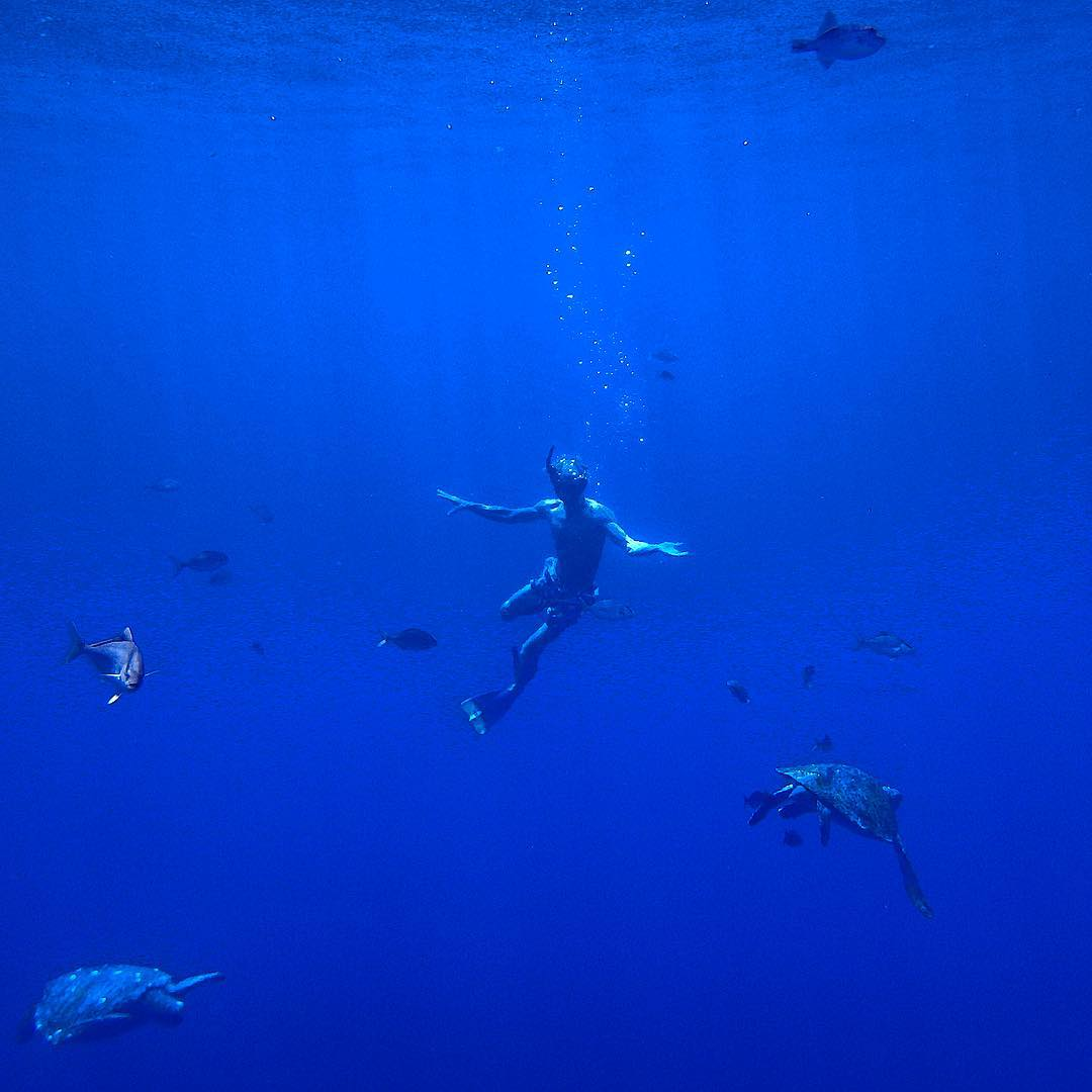 Weightless in the deep blue, Captain Beadle becomes one with the sea 30 miles off of Mazatlán, Mexico.  He and his crew are gathering #ASCMicroplastics samples on their three-year passage from California, through Latin America, and on to New...