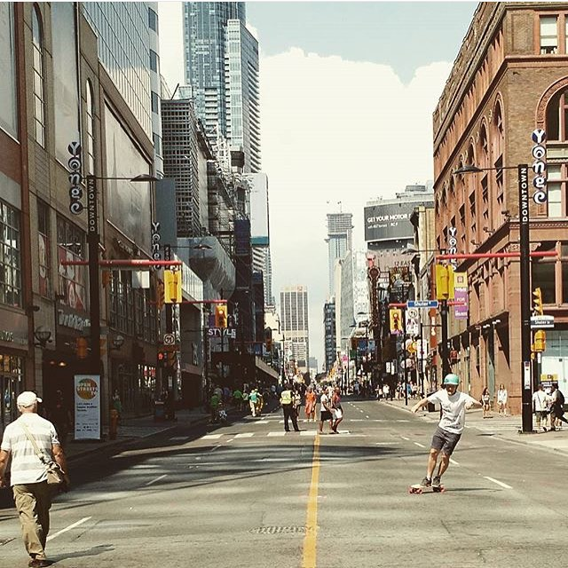 Regram from bossman @grahambuksa of him carving out #toronto main streets on the new #raynemini shape  Hit the link in our bio for more info on this rad little shred stick!