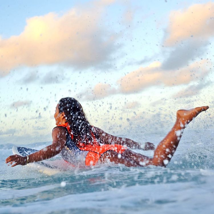 Color splash. @keliamoniz #ROXYsurf