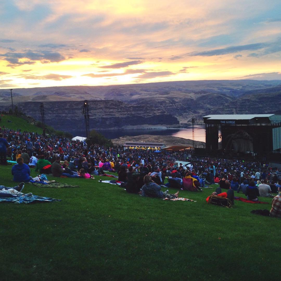 ~ Road Trippin ~  We're back on the grid after an epic weekend celebrating our two year anniversary  @the_gorge_amphitheatre for @davematthewsband  We hope everyone had a great Labor Day weekend. We've got a few more pics from the journey to share...