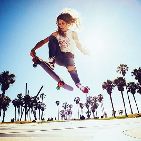 Repost of this incredible shot from skater and photographer @sierra_prescott killing it!