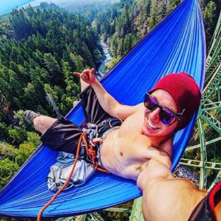 @andrew__muse all smiles hanging 375' off the ground in a hammock || #thesweetlife #nectarlife #nectarshades