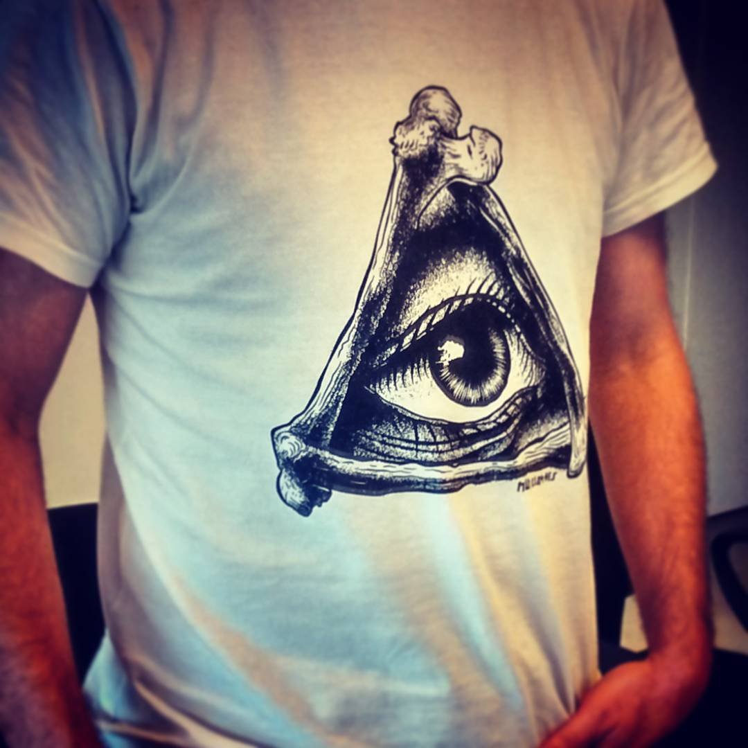 #eye #tshirt #miumtoys  #illustration  #inked  #silkscreen  #burkinastudio