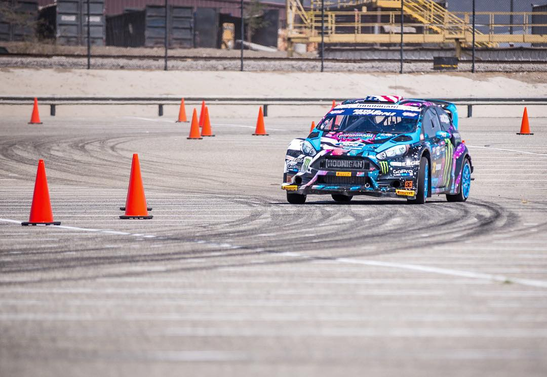 Laps on laps on laps. Gotta get myself and the Ford Fiesta ST #RX43 100% dialed in for this weekend's double header race in L.A. #testing #onthatrallycrossgrind #110degreetracktemp