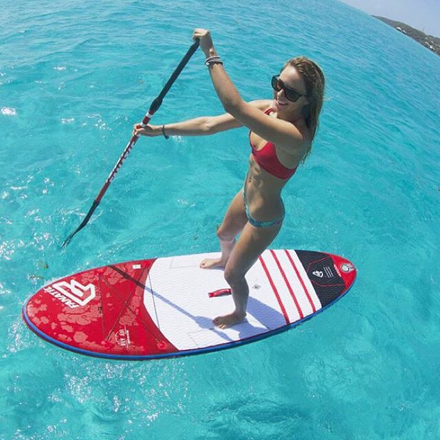 The best workouts are on the water. @colleenjcarroll #teamsensi #sup #paddle #bikinilife #sensicolleen #jointheadventure