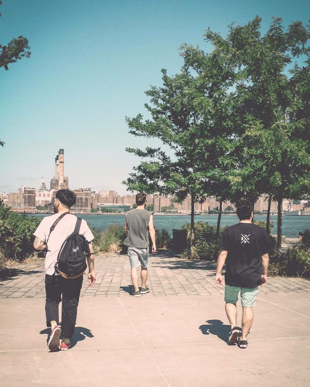 ¿Querés ir a Brooklyn? ¿Y conocer la #HouseOfVans? Si participás del #ClassicBuenosAires podés ganarte el viaje. Categorías: diseño, cine y fotografía. Consigna: reflejá tu manera de vivir Bs. As. Rango de edad: entre 18 y 30 años. Fecha límite de...