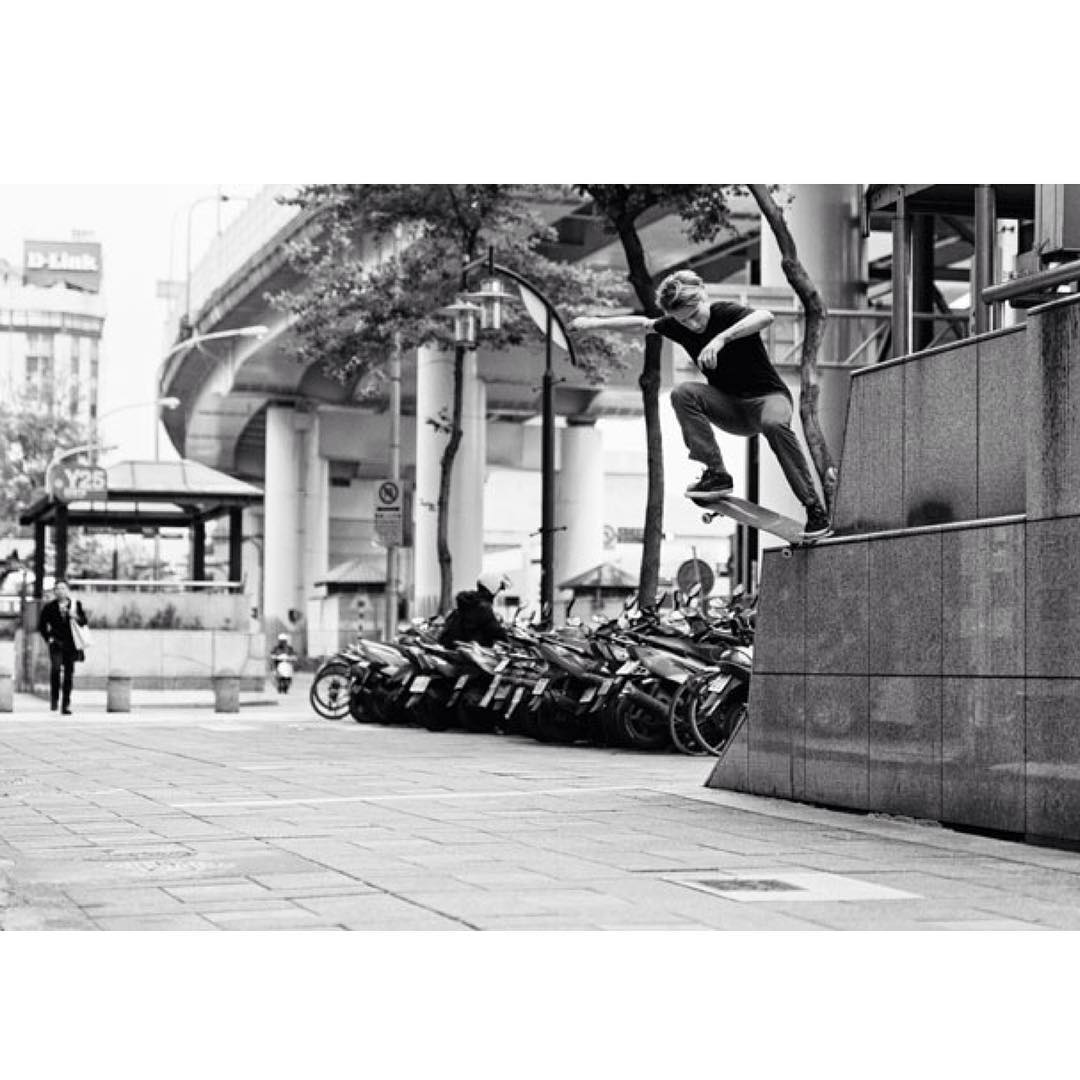 #Throwback to our dude @Nick_garcia >>> Wallie crook in Taiwan >>> Photo: @Dvlphoto #Nickgarcia #tbt